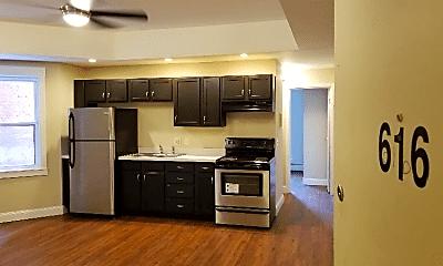 Kitchen, 1325 Pendleton St, 1