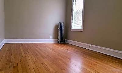 Living Room, 6219 N Artesian Ave, 1