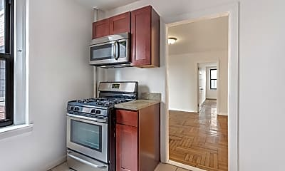 Kitchen, 1326 Riverside Dr, 1