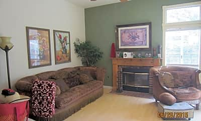 Living Room, 625 Ivywood Ln, 0