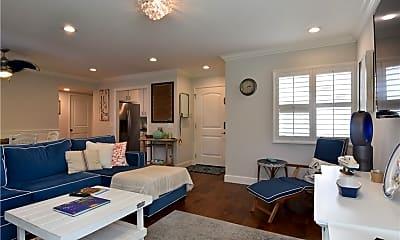 Living Room, 34120 Selva Rd 288, 1