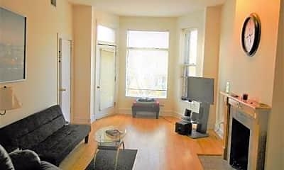 Living Room, 1451 W Belle Plaine Ave, 2