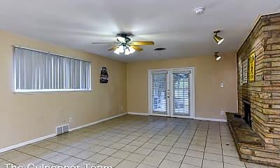 Living Room, 3613 Jeanette Dr, 1