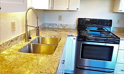 Kitchen, 1120 Yulupa Ave, 1