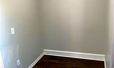 Bedroom, 18 N Manning St, 2