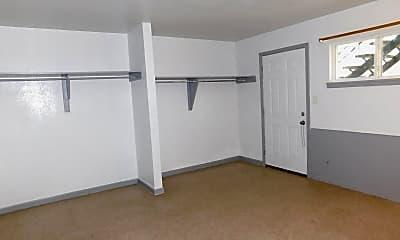 Bedroom, 909 S Jackson St, 1