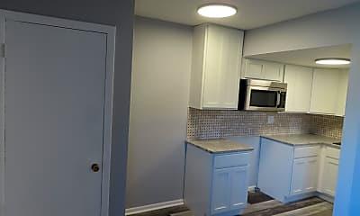 Kitchen, 740 Franklin Ave, 1