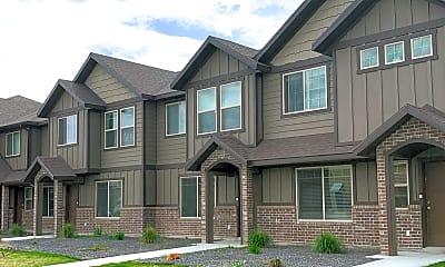Building, 1447 N 400 W, 2