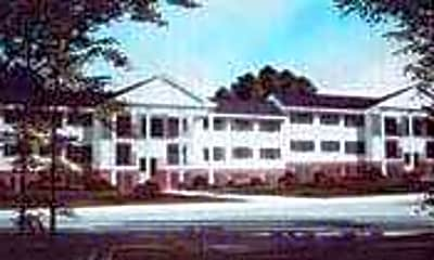 Auburn Colonial Square, 0