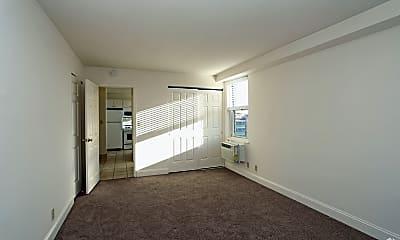Morgan Manor Apartments, 2