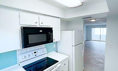 Kitchen, 1000 49th St N, 2
