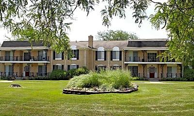 Building, Knollwood Village Apartments, 0