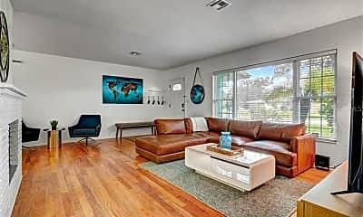 Living Room, 2755 Goldenrod St, 1