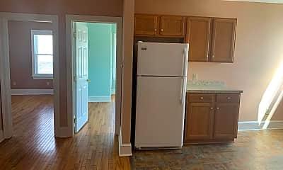 Kitchen, 334 Summit Ave 3N, 2