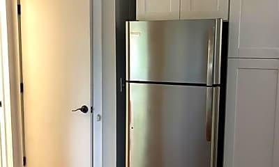Kitchen, 129 Fox Run Ln, 1