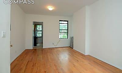 Living Room, 631 Grand Ave 3-R, 0