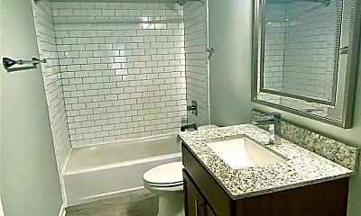Bathroom, 3328 Carlotta St, 0
