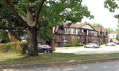 Building, Lakewood West, 2