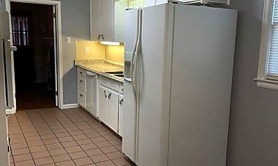 Kitchen, 3051 Merrimac Dr, 2