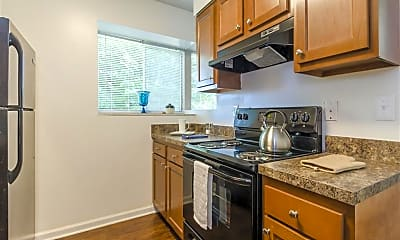 Kitchen, One Hundred Chevy Chase Apartment Homes, 1