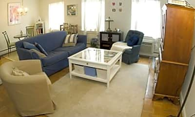 Living Room, The Pennmont, 1