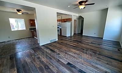 Living Room, 11122 E Valleyway, Lower, 1