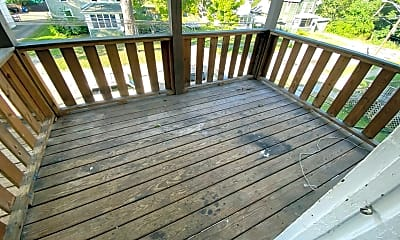 Patio / Deck, 326 Tompkins St, 2