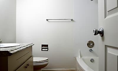 Bathroom, 12430 NE Glisan St, 2
