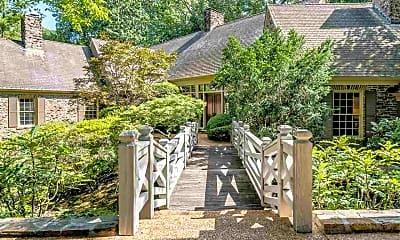 Patio / Deck, 5711 Shady Grove Rd, 1