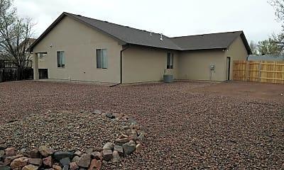 Building, 2224 South Dr, 2