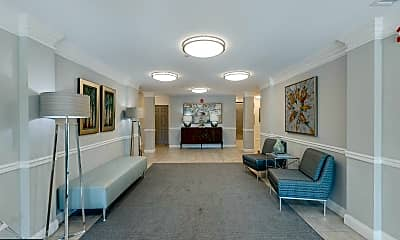 Living Room, 2101 N Monroe St 306, 2