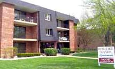 Heritage Manor, 0
