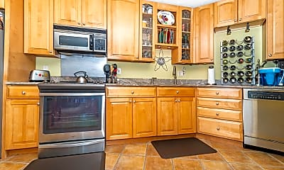 Kitchen, 111 S 16th Ave, 1