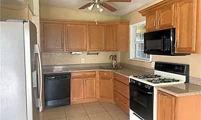 Kitchen, 3921 Marion St, 1