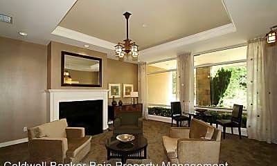 Living Room, 108 2nd St S, 2
