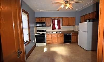 Kitchen, 164 N Maryland Ave, 1