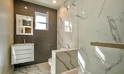Bathroom, 108 N Park St 4, 1