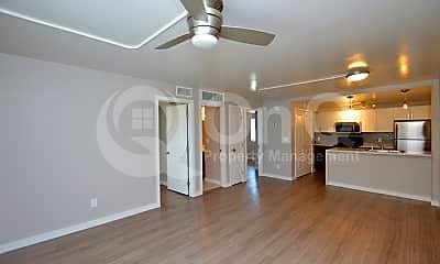 Living Room, 67 E Roanoke Ave, 2