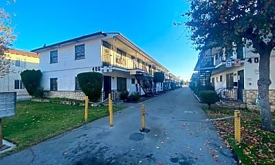 Building, 402 E Palmer Ave, 0