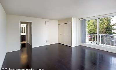 Living Room, 2300 Buchanan St, 2