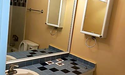 Bathroom, 5690 Tomoka Dr, 2