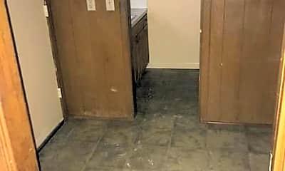 Kitchen, 4152 Pines Rd, 2