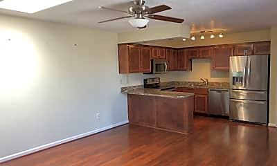 Kitchen, 3301 Barnacle Ln, 1