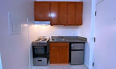 Kitchen, 1000 Howard St, 1