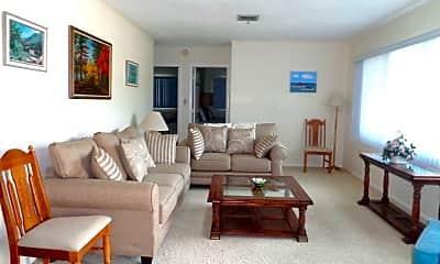 Living Room, 208 Piazza Di Luna, 1