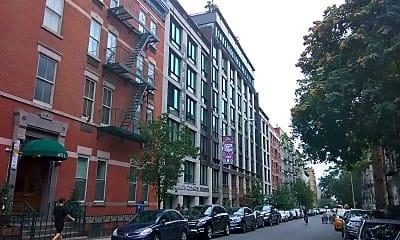 Store & Apartment Building (211 E 13TH ST) - 82 Units, 0