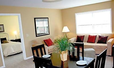 Living Room, Riverview Court, 2