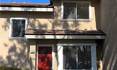 Building, 150 Greenmoor, 0