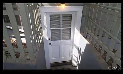 Patio / Deck, 254 E 4th Ave Apt 1, 0