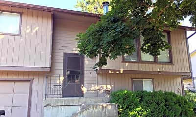 Building, 3915 S Johnson St, 0